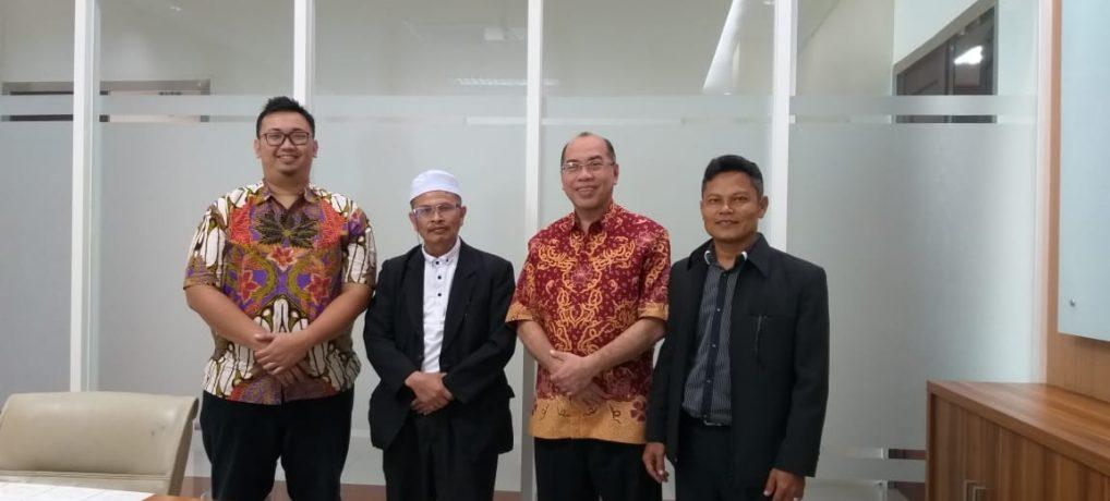 Pondok Songkhla siap melakukan penelitian untuk meningkatkan  Studi bersama dengan Universitas Muhammadiyah Surabaya, Indonesia
